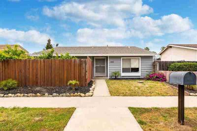 1851 Capstan Drive OXNARD Two BR, This beautiful home is