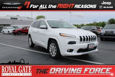 2016 Jeep Cherokee (Bright White Clearcoat)