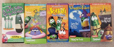 5 Veggie Tales VHS Tapes