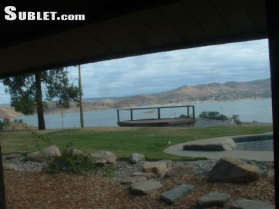 Five+ Bedroom In Madera County