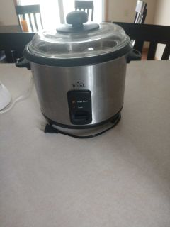 Large rival rice cooker and steamer