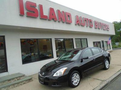 2010 Nissan Altima 2.5 (Black)
