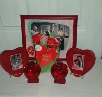 Lucille Ball Valentine deal. Picture 13.5 by 11.5 frame. Matted picture, 2 wood hearts what cards, New card display case. Two glass vases.