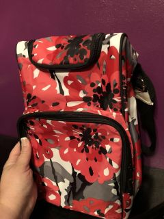 Thirty-one pack and pour thermal tote