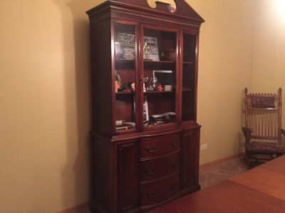 Hutch and dining table w 4 chairs