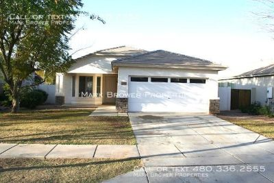 Great Home In The Higley Groves Neighborhood of Morrison Ranch!