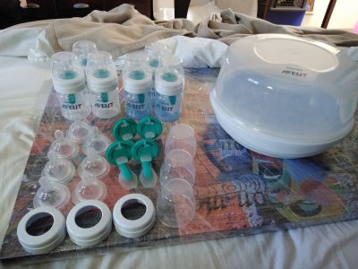 Avent Bottles and Extras (All Brand New)