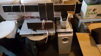 REDUCED!! PANASONIC HTS W/5 SPEAKERS FOR SURROUND AND BASE MODULE