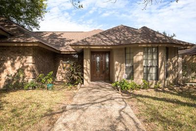 $124,900, 3br, Do you have high expectations Home in Pharr 3 Beds, 3 Baths