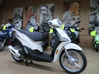 2018 Piaggio Liberty 150 iGet ei ABS 250 - 500cc Scooters Downers Grove, IL