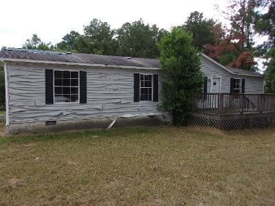 3 Bed 2 Bath Foreclosure Property in Helena, GA 31037 - Green Acres Dr
