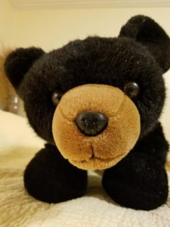 """Just look at that face! Black bear. 1 ft. Tall when standing. About 15"""" when sitting. About 24"""" long."""