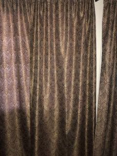 6 Lined Curtain panels & 2 Valence 84 x56 $100.00 for All