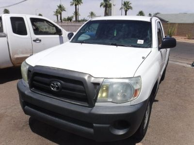2006 Toyota Tacoma Pick Up Truck with 4 cylinder engine