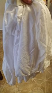 White twin bed skirt GUC