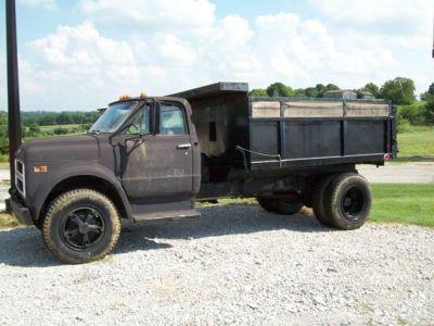 1972 Chevy C/50 Dump Truck