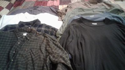 Men's size 4x long sleeve shirts excellent condition 8 for $8