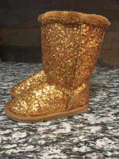 Girls gold sequined winter boots size 2