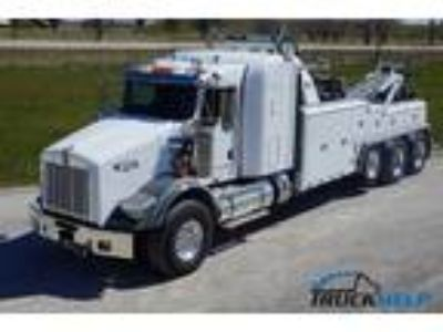 New 2013 Kenworth T800 for sale.
