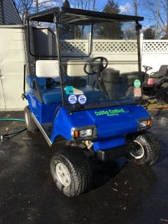 Custom 3 Inch Lifted Gas Golf Cart / Nice Fold Down Windshield