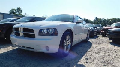 2006 Dodge Charger RT (White)