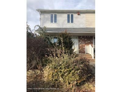 3 Bed 3 Bath Foreclosure Property in Staten Island, NY 10308 - Leverett Ave