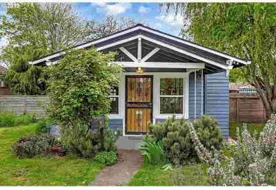 9571 N Buchanan Ave Portland One BR, This charming cottage on