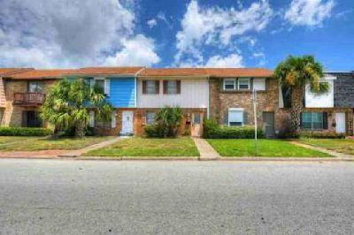 416 1st Street Galveston Two BR, Spacious town home