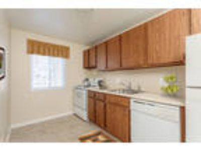 Willowbrooke Apartments & Townhomes - Two BR, 1.5 BA Townhome 1,000 sq. ft.