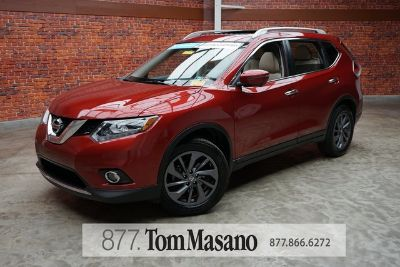 2016 Nissan Rogue S (red)