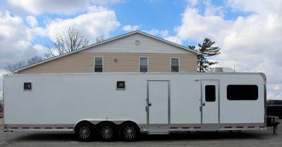 Look! 22' Cargo Area 34' Trailer w/Living Quarters