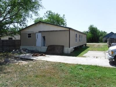 3 Bed 2 Bath Foreclosure Property in Kingsville, TX 78363 - E Kenedy Ave