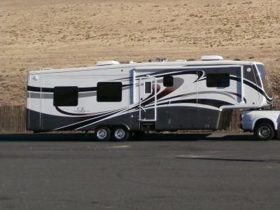 2012 DRV Mobile Suites 38 RESB3