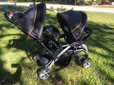 Double stroller Sit and Stand