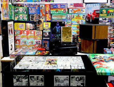 MEGA YARD SALE - Antiques COMICS..