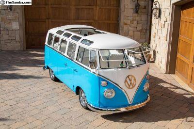 1967 21 Window bus