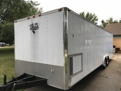 28ft 2000 Vintage Bandit enclosed race car hauler trailer