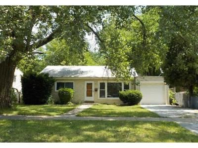 3 Bed 2 Bath Foreclosure Property in Burbank, IL 60459 - Mayfield Ave