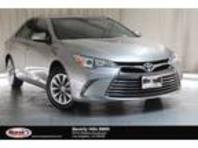 Used 2016 Toyota Camry Silver, 25.6K miles