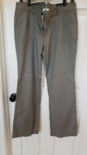 Ladies Nwt pants size 10 green/gray