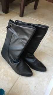 Boots *new 5.5