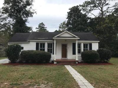 3 Bed 2 Bath Foreclosure Property in Walterboro, SC 29488 - Meadow St