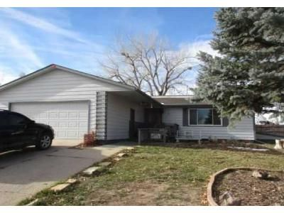 2 Bed 2 Bath Foreclosure Property in Gillette, WY 82716 - Independence Dr