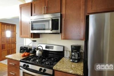 $2,900, 4br, Vacation single-family home to rent in Oak Park (Mi)