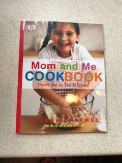 DK Mom and Me Cook Book Excellent Cond. Smoke Free