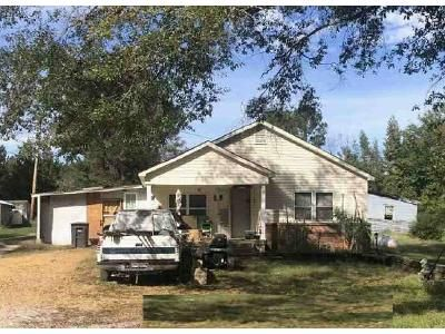 2 Bed 1 Bath Foreclosure Property in Tupelo, MS 38804 - Road 1438