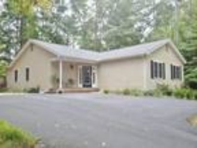 Palmyra Three BR Two BA, Lake Monticello Real Estate 1 2 3 4 5 6 7 8