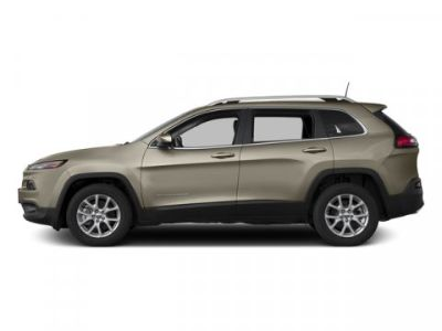 2017 Jeep Cherokee Latitude (Light Brownstone Pearlcoat)