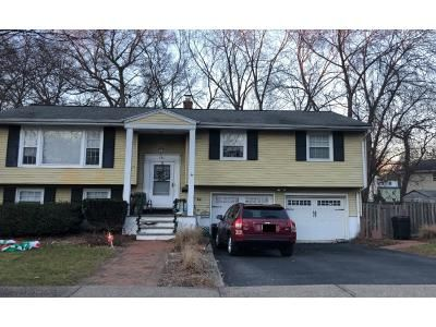 4 Bed 2 Bath Preforeclosure Property in Westwood, NJ 07675 - Lafayette Ave