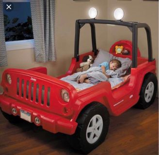 Little Tikes Jeep Wrangler Toddler-to-Twin Convertible Bed